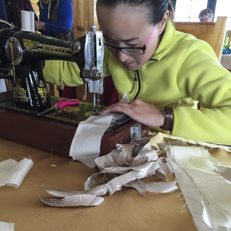 Annie making her Deel